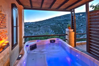belvedere fimaira apartments jacuzzi